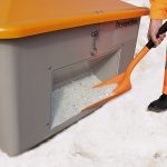 Nádoba na posypový materiál GRP - 550 litrov s otvorom na lopatu